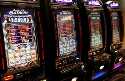 What are the Benefits of Playing Slot Machines?